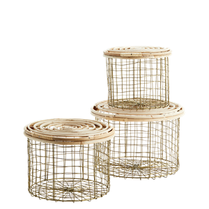 Round boxes w/ bamboo lids