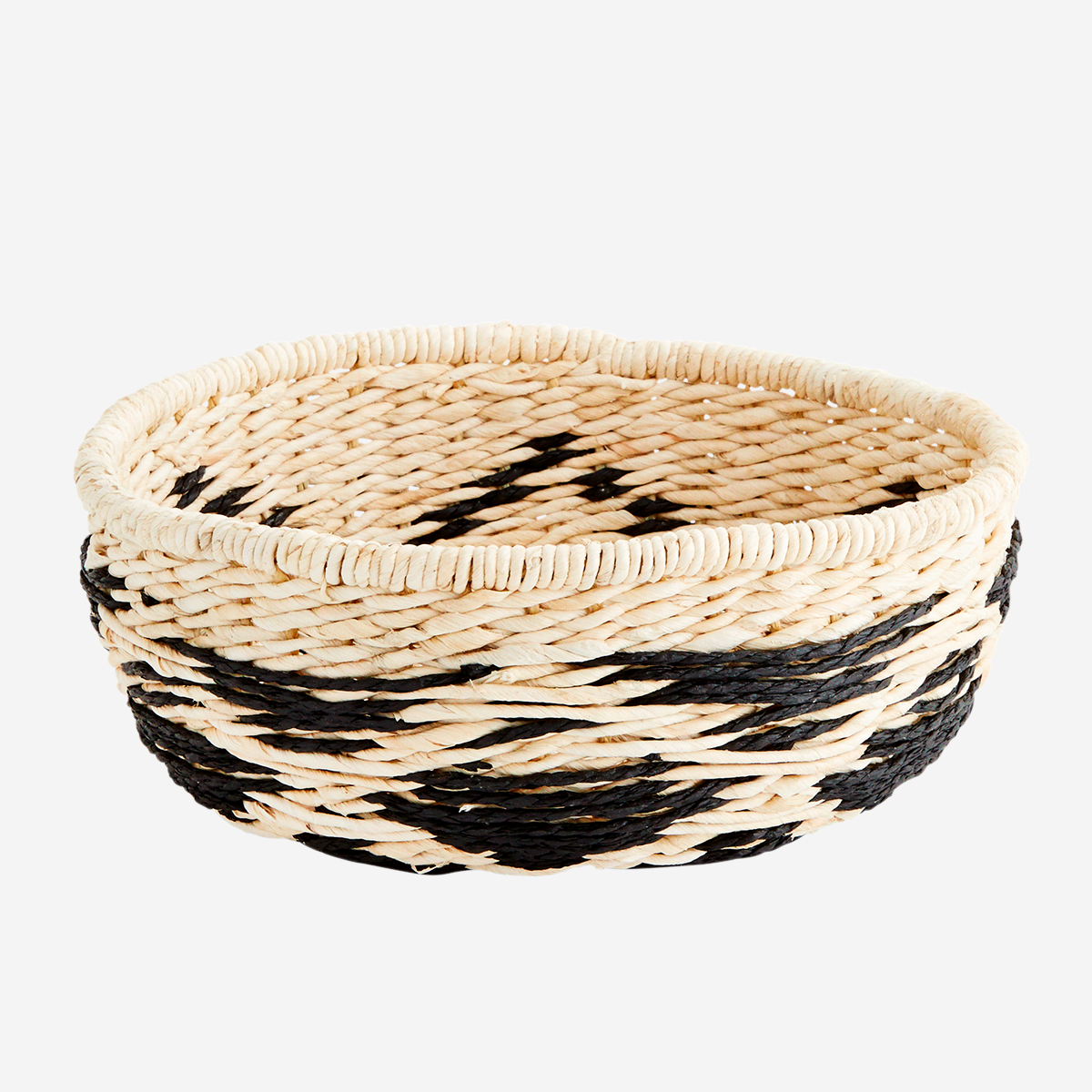 Paper wicker bowl